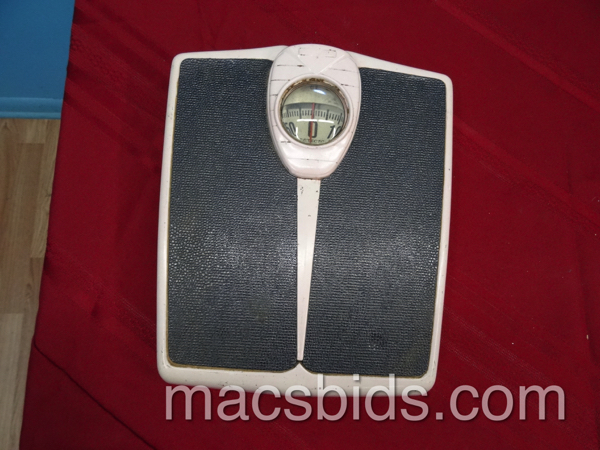 Vintage scale macs bids for Perfect scale pro review