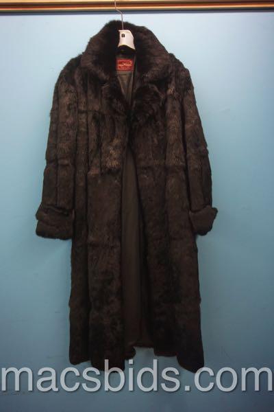 2e66c0836a725 100% Rabbit Fur Coat Sergio Valente Womens Large Fur Coat - Macs ...